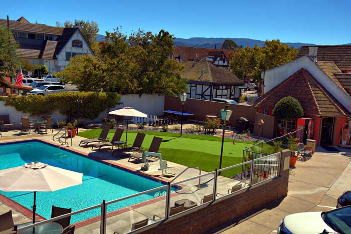 Barbeque Area Families Pet Friendly Hotels Lodging Solvang california * Downtown Solvang Hotels Lodging Accommodations Great Amenities